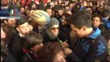 Bagno di folla per gli azzurri del rugby