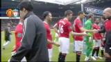 Manchester - Liverpool, Suarez non stringe la mano a Evra