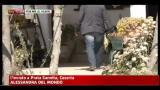 Donna uccisa in casa con un colpo d'arma da fuoco all'addome
