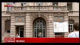 Genova, le rimuovono protesi al seno e muore