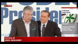 Lega, Berlusconi interviene in difesa di Bossi