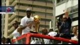 26/06/2012 - Nba, la festa di LeBron continua nelle strade di Miami