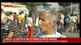 Rifiuti, la protesta dei cittadini di Ponte Galeria