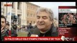 La voce della gente prima dell'atteso intervento di Grillo