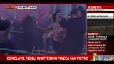"""""""No more Pope"""", protesta Femen in piazza San Pietro"""