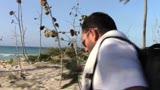 Bobo e Marco i re del ballo sulla spiaggia di Cuba
