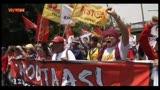 01/05/2013 - 1 Maggio, celebrazioni internazionali. Proteste e scontri