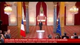 Hollande: per superare crisi serve governo economico UE
