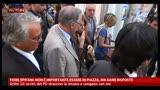 FIOM, Grillo: gli iscritti del PD straccino la tessera