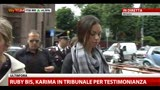 24/05/2013 - Ruby Bis, Karima in tribunale per testimonianza