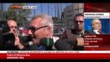 27/09/2013 - Padre Melania: Parolisi persona indifendibile