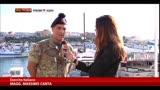 21/10/2013 - Lampedusa, supporto dell'esercito nell'accoglienza migranti