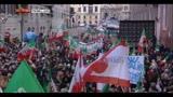 Berlusconi, fan con loro leader ma la piazza resta semivuota