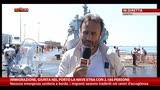 19/07/2014 - Immigrazione, giunta nel porto la nave Etna con 2186 persone