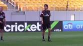 Milan, l'allenamento di Balotelli con Inzaghi