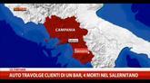 28/09/2014 - Auto travolge clienti di un bar, 4 morti nel salernitano