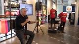 30/09/2014 - Di corsa per Milano, Linus presenta la DJ Ten