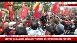 08/10/2014 - Vertice sul lavoro a Milano, tensione al corteo sindacati