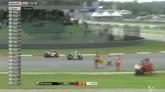 GP Malesia, Iannone cade e si infuria con le due Honda