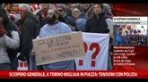 12/12/2014 - Sciopero generale, a Torino tensioni in piazza con polizia