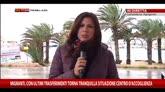 23/02/2015 - Migranti, peschereccio si incaglia su scogli: tutti in salvo