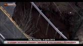 04/04/2015 - Piogge torrenziali causano una voragine a Brownsboro