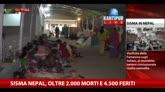 Sisma Nepal, oltre 2000 morti e 4500 feriti