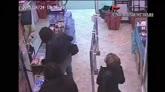 28/04/2015 - Modugno, rapina al supermercato. Arrestati due giovani