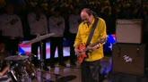 Finals NBA, Carlos Santana suona l'inno nazionale americano