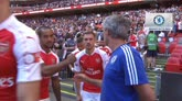 Mourinho non ci sta: perde e lancia la medaglia ai tifosi