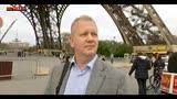 Parigi blindata, pochi turisti in giro per la città