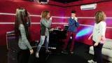 26/11/2015 - X Factor dà il benvenuto ai rifugiati