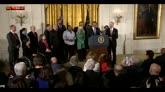 Stretta su armi, Clinton: Obama ha fatto bene