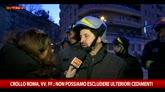 Roma, vigili del fuoco: non si escludono altri cedimenti