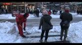 Tempesta di neve, a New York riaprono le strade