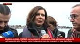 13/02/2016 - Migranti, Boldrini a Lesbo: porterò salvagente a Schengen