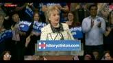 28/02/2016 - Hillary conquista South Carolina, afroamericani con lei