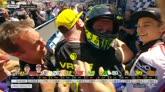 Rossi show, la festa al box Yamaha