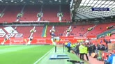 01/05/2016 - L'attesa all'Old Trafford per la storia