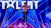 03/05/2016 - Italia's Got Talent: la performance di Domenico