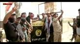 Falluja: perferia sud in mano a lealisti, strage di civili