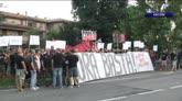 28/07/2016 - Milan, la protesta dei tifosi: sit-in ad Arcore