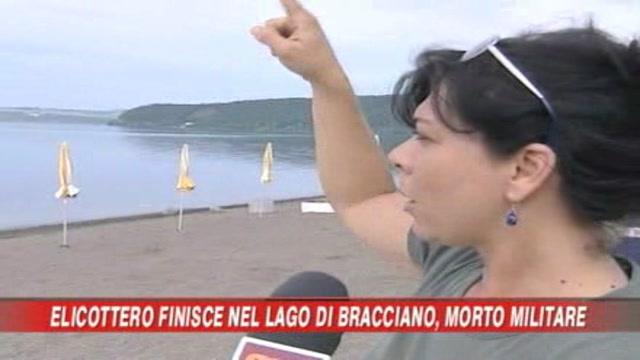 Elicottero precipita nel lago
