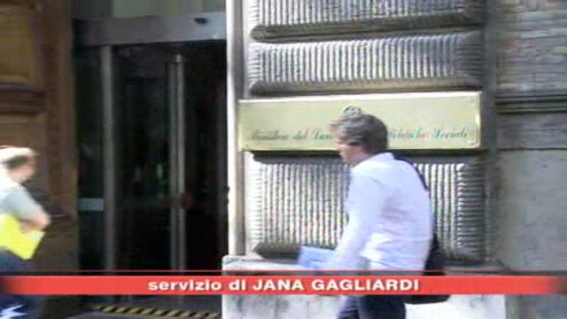 Alitalia, sindacati sempre più scettici
