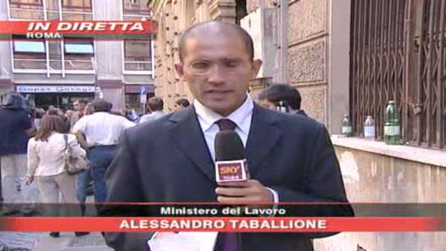 Alitalia, in corso l'incontro tra governo e sindacati