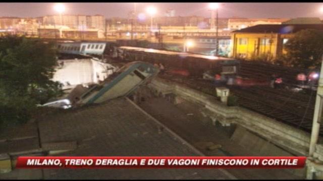 Milano, deraglia treno due carrozze in un cortile