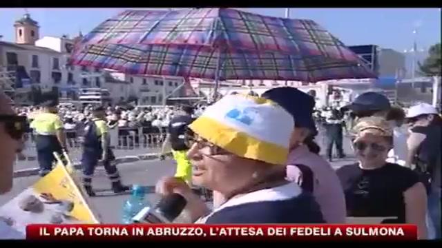 Il papa torna in Abruzzo, l'attesa dei fedeli a Sulmona