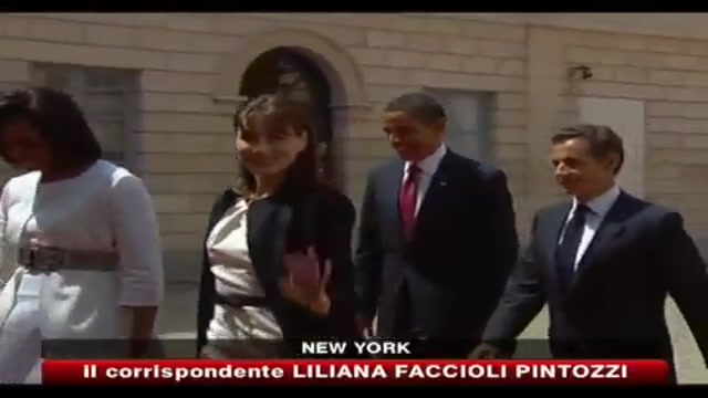Biografia Carla Bruni, Casa Bianca smentisce frase Michelle