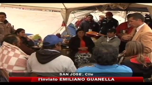 Cile, domattina inizierà il salvataggio dei 33 minatori