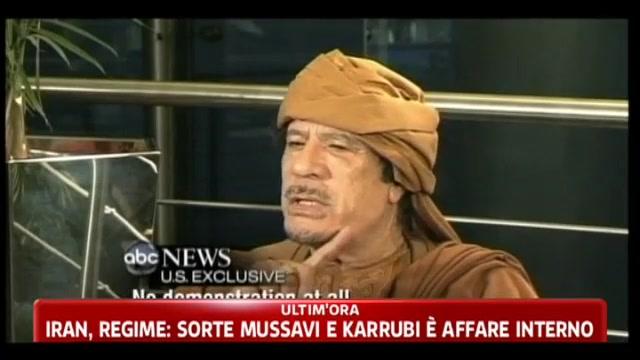 Libia, Gheddafi: non ci sono rivolte, tutto il mio popolo è con me